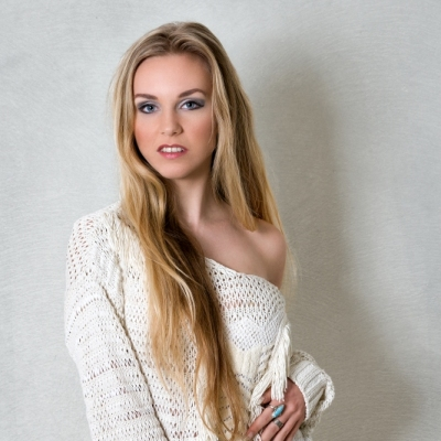 Model: Jessy Fotografie: Jan Tiedtke Fashion, Visagie en Styling Limburg